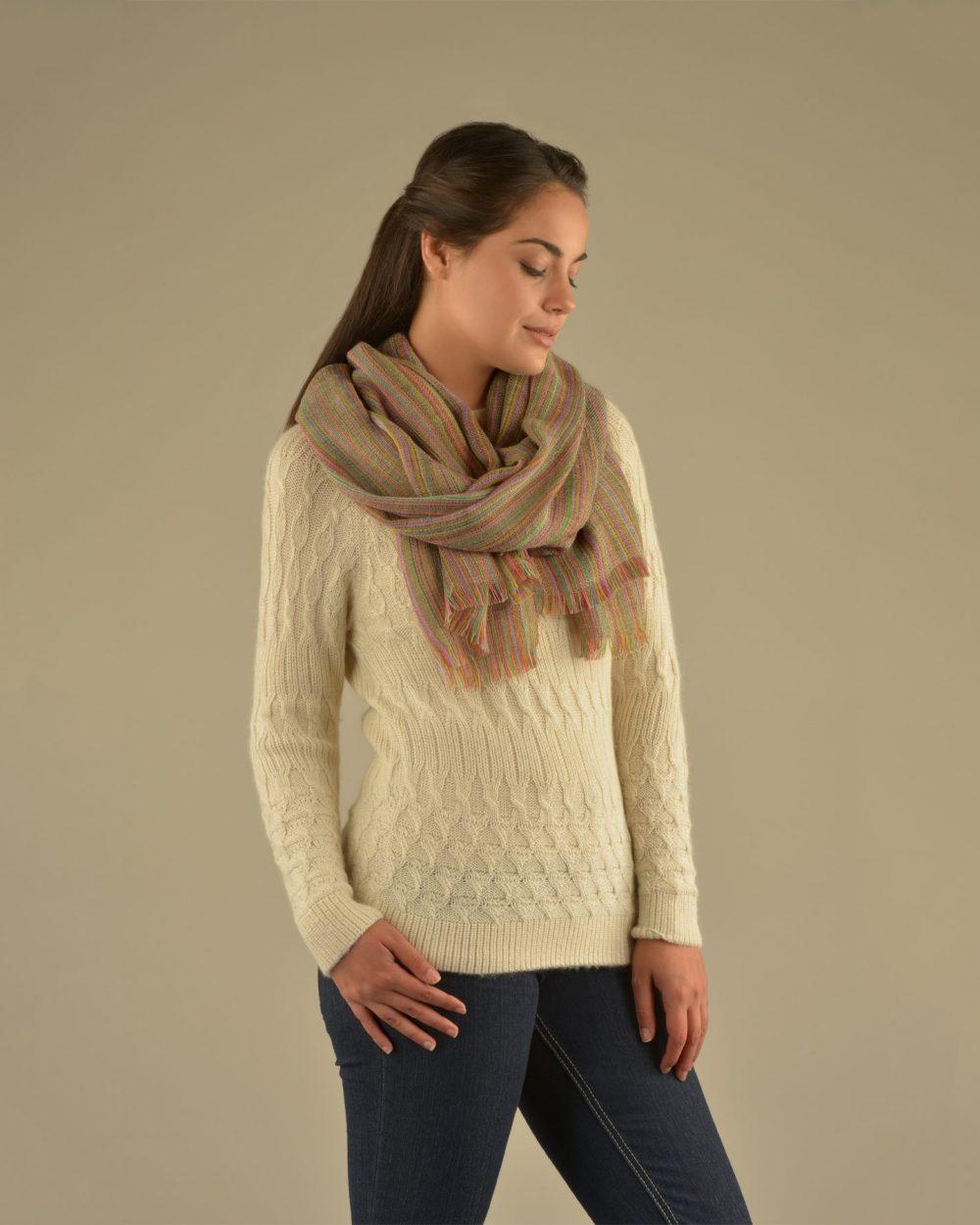 Châle CELEBRATION alpaga - écharpes, bonnets et pulls en alpaga. Fine Alpaca, fine laine et coton du Pérou, vêtements en fibres naturelles.