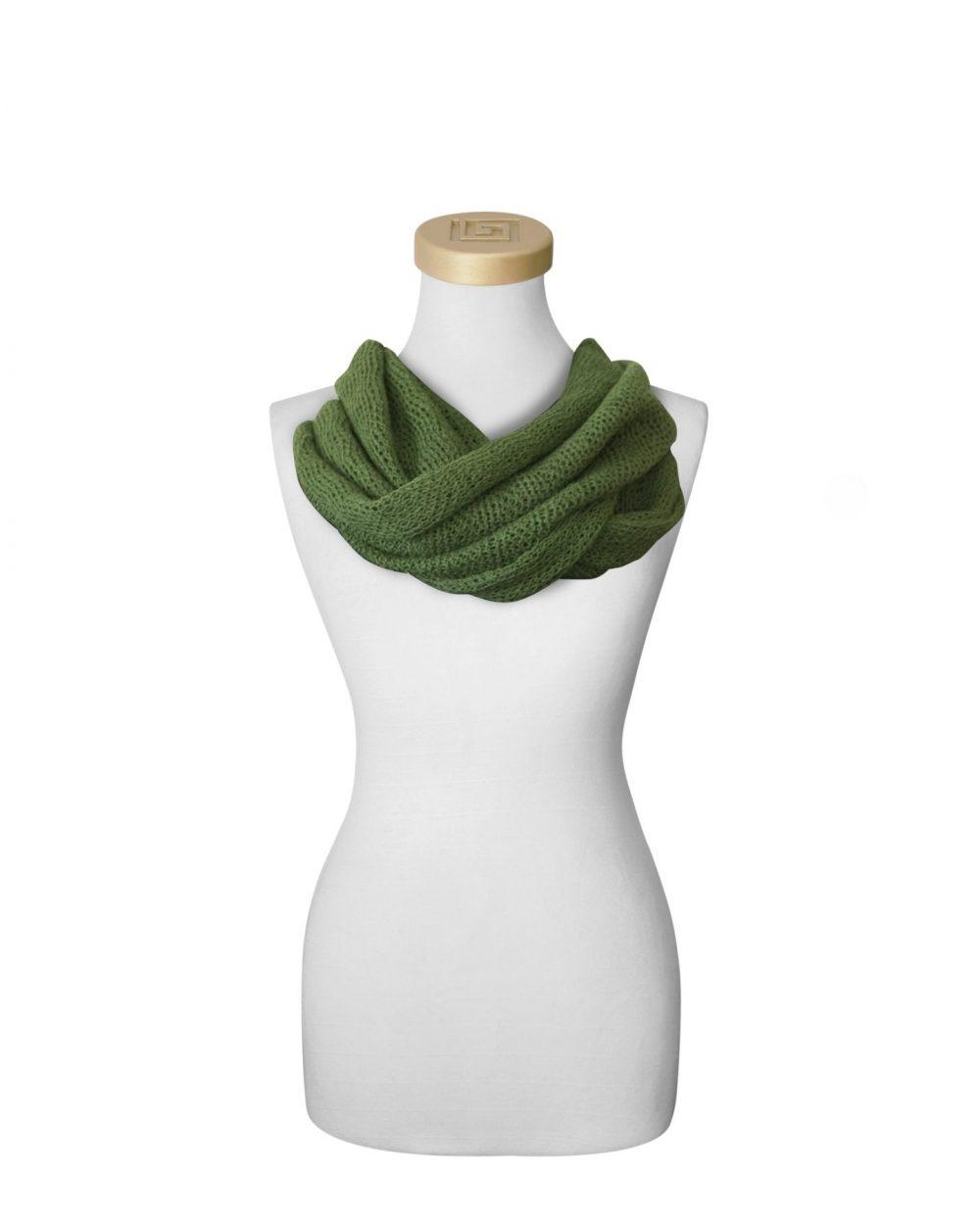 Echarpe collier vert en bébé alpaga et soie Fine Alpaca fine laine et coton du Pérou