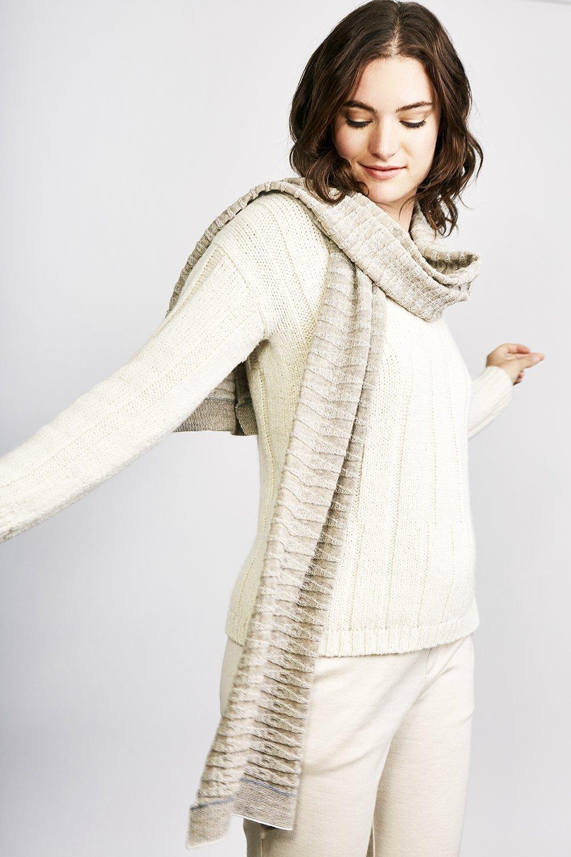 Écharpe en tricot côtelé en baby alpaga